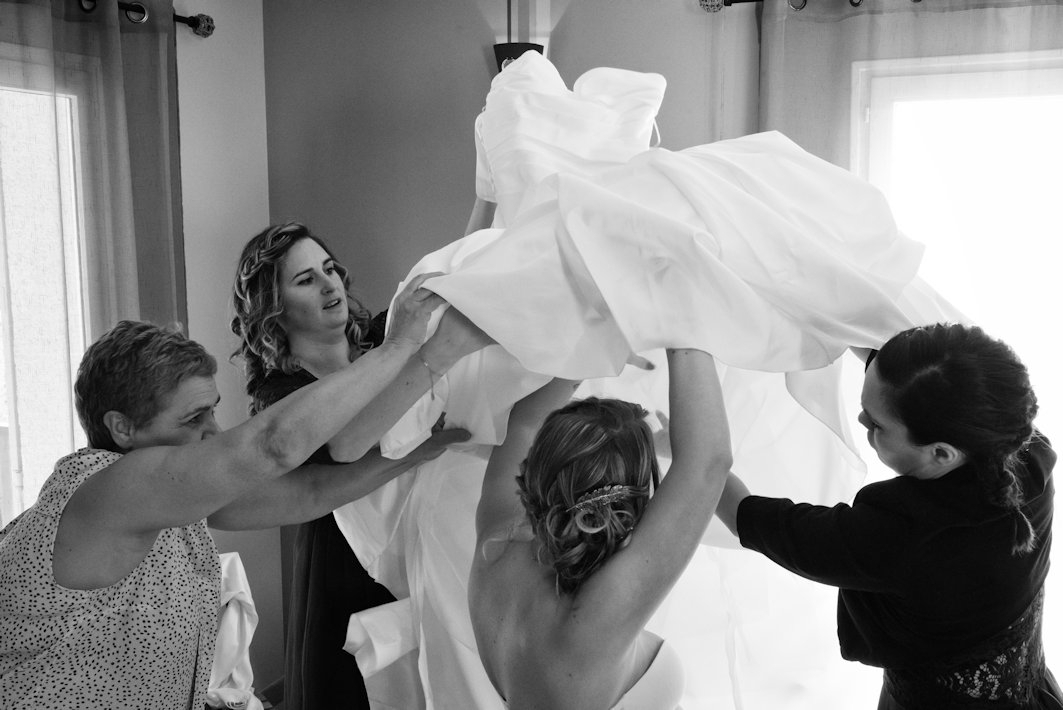 habillage-robe-preparation-mariage-kimcass
